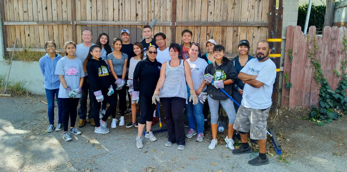 Neighborhood Beautification – Harbor City Alley Cleanup