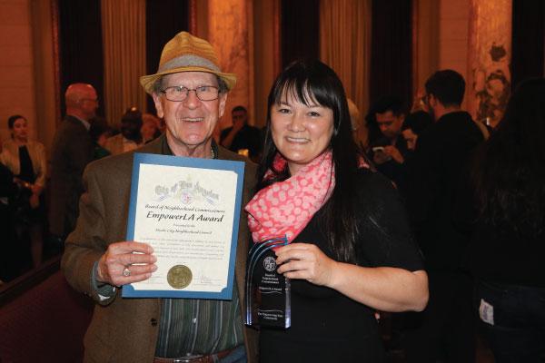 Neighborhood Commissioner Leonard Shaffer accepted the 2018 South Valley EmpowerLA Award on behalf of the Studio City Neighborhood Council